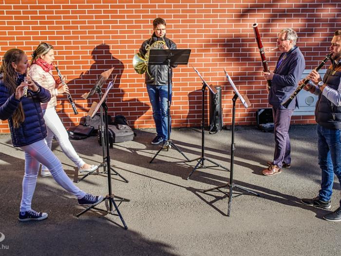Szimfonia Fúvósötös - udvari zene